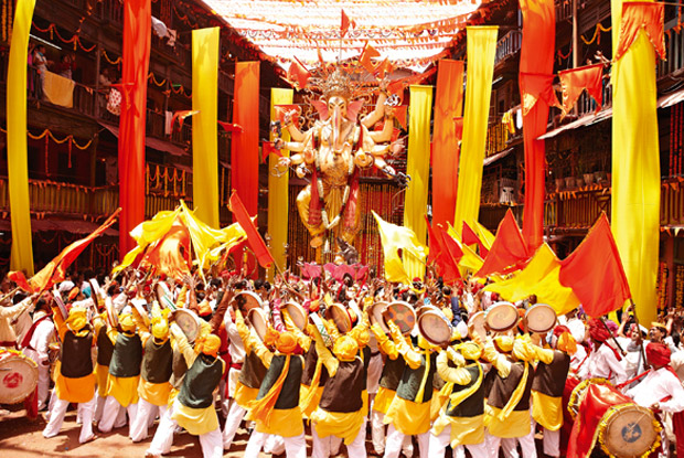 Deva Shree Ganesha [Agneepath 2012] Lyrics & Translation