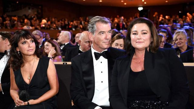 Danish film director Susanne Bier (l.), Pierce Brosnan and Keely Shaye Smith - Foto: Jacek Turczyk