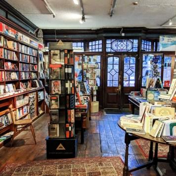 Bookshelves P&G Wells