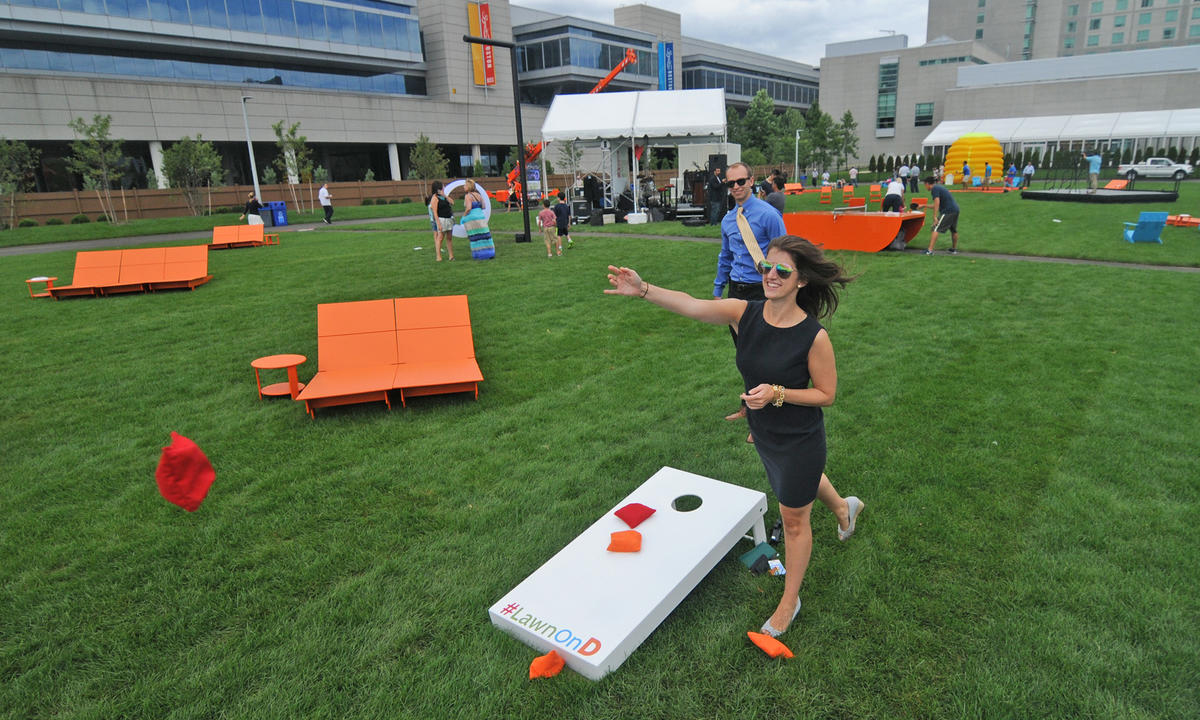 Lawn on D Cornhole Tournament 091116