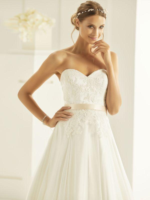 Wedding Dresses For A Big Bust