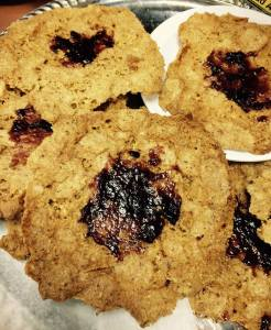 Raspberry Almond Cookies (No flour)