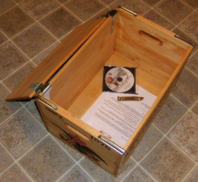 Anheuser-Busch Budweiser crate (open)