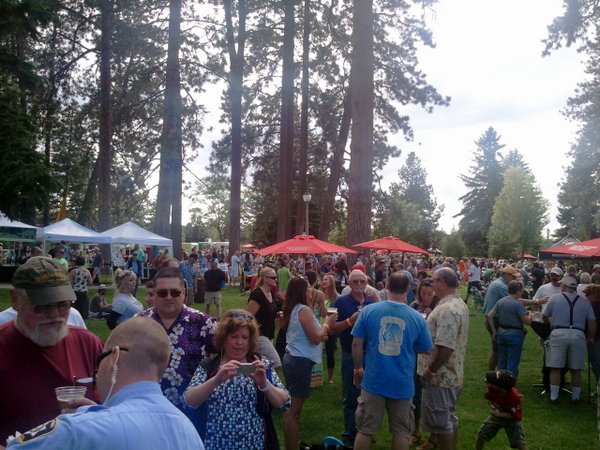 Deschutes 25th party in the park