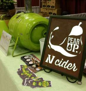 holiday-wine-fest-pear-up-2