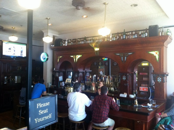 Pacific Coast Brewing bar
