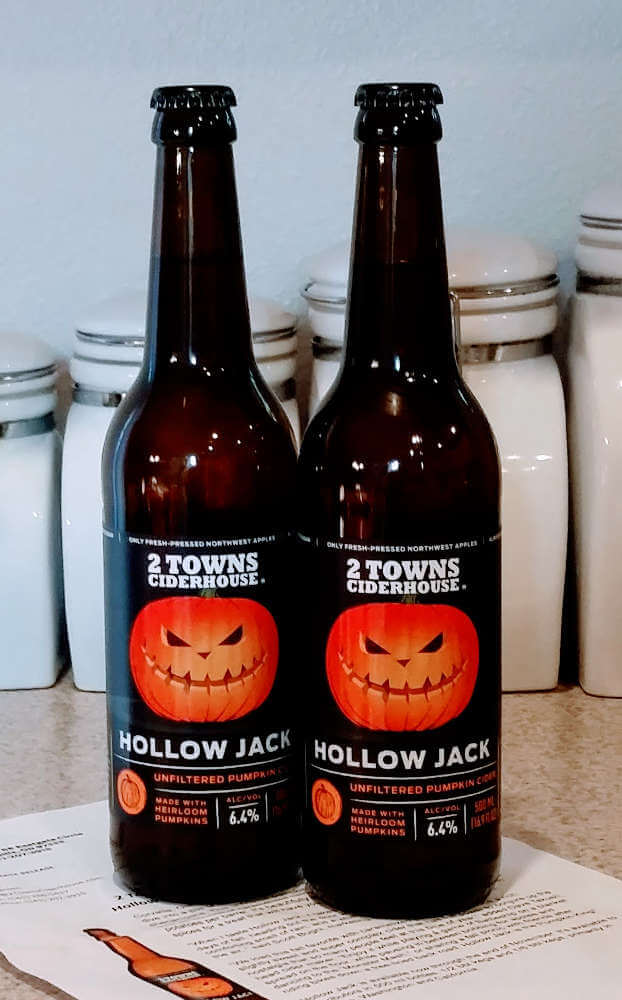 Received: 2 Towns Hollow Jack 2017