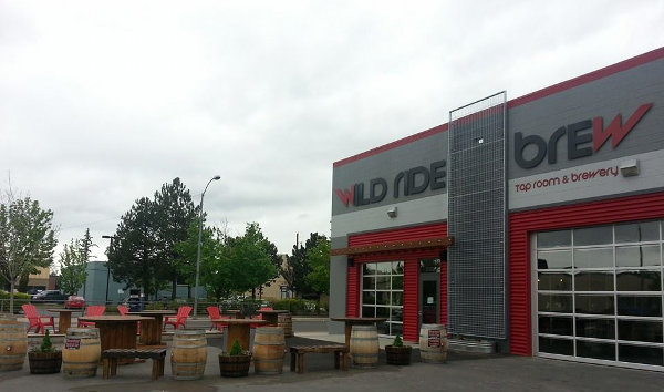 Wild Ride Brewing patio