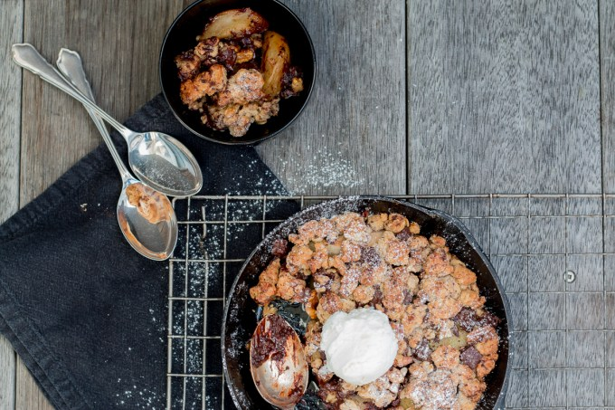 Chocolate, Pear and Walnut Crumble