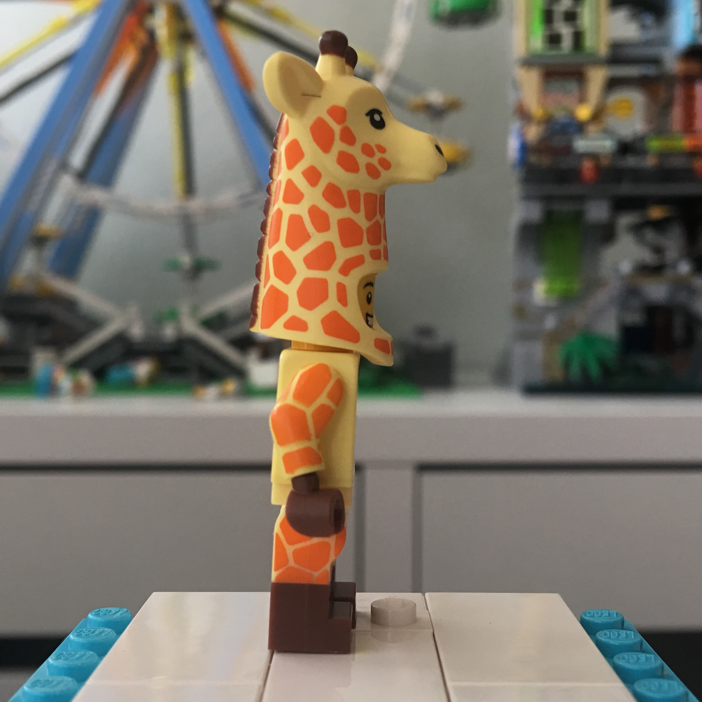 Lego Minifigures Lego Movie Giraffe Dude New /& Factory Sealed 71023