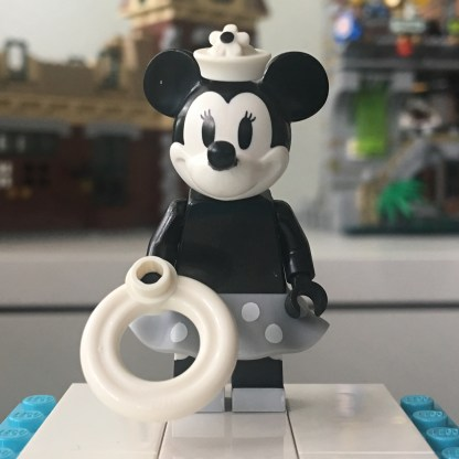 LEGO Minnie Mouse Minifigure
