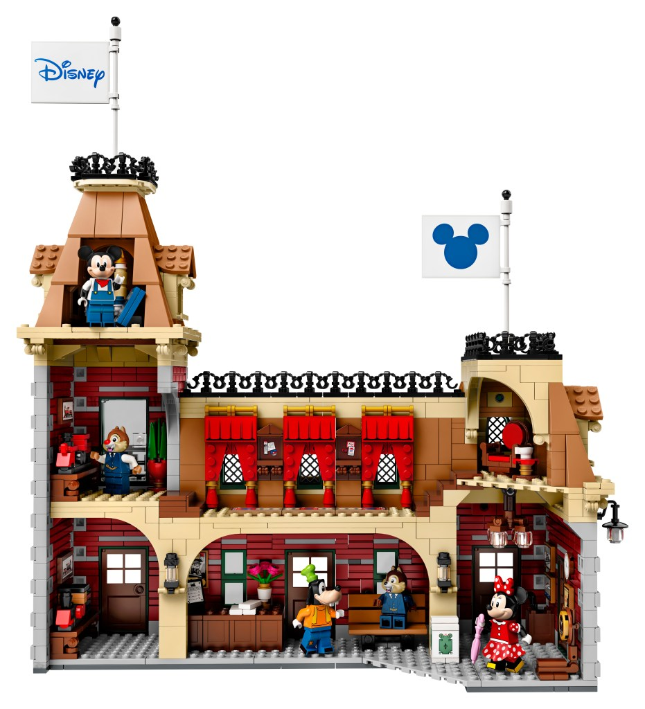 Back of LEGO Disney Train Station