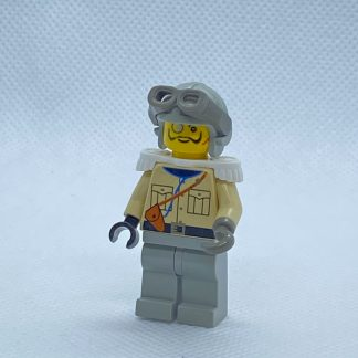 LEGO Baron Von Barron with Light Gray Aviator Cap Minifigure
