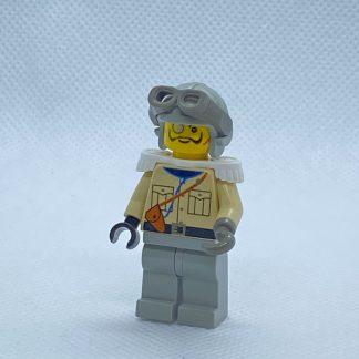 LEGO Baron Von Barron with Light Gray Aviator Cap Minifigure