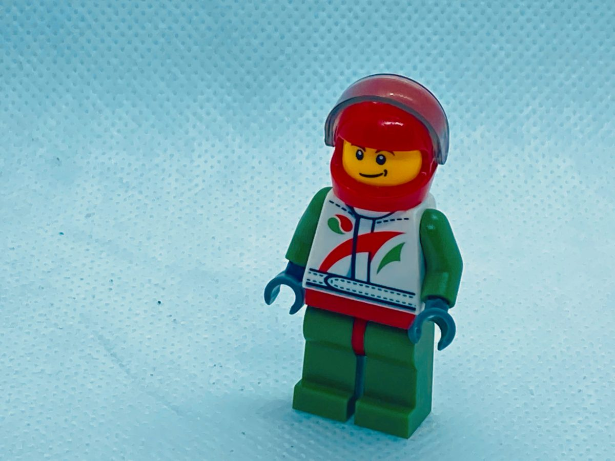LEGO MASKED MINIFIGURE HEAD WHITE AND YELLOW RACE CAR DRIVER FACE