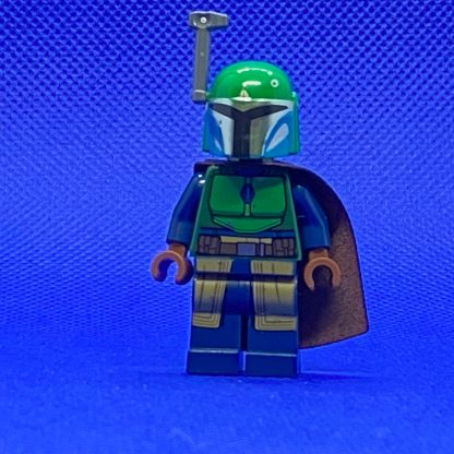 LEGO Star Wars Minifigure Mandalorian Tribe Warrior - Female, Dark Brown Cape, Green Helmet with Antenna / Rangefinder