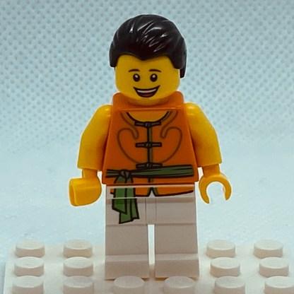 LEGO Minifigure Dragon Boat Race Team Green/Orange Member 4
