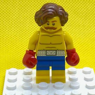 LEGO Minifigure Boxer