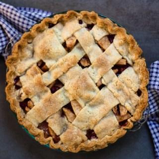 Pear Apple Cranberry Pie