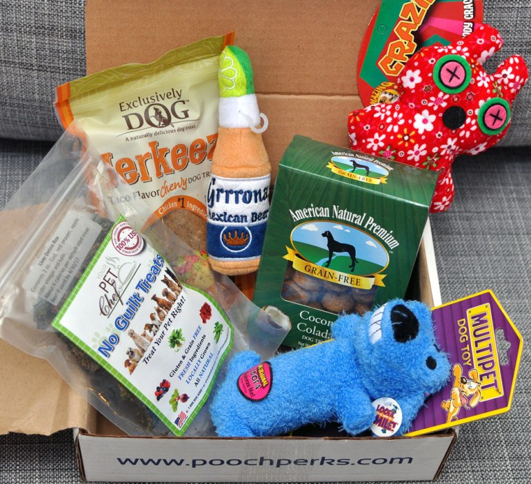 Pooch Perks starts the fiesta with the May Cinco De Mayo box! Check out our post for the full Pooch Perks unboxing and exclusive discount!