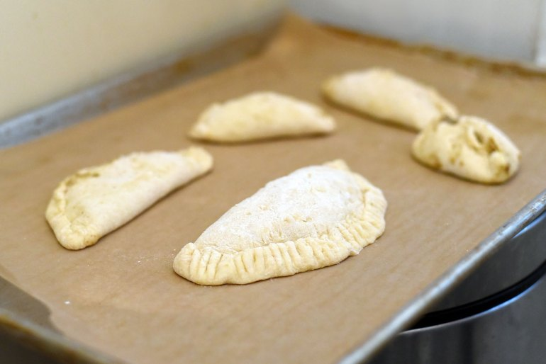 He's a fun Welsh pasty recipe — for dogs! Using human-grade Caru Daily Dish Stew, we're baking a canine version of this savory meat pie.