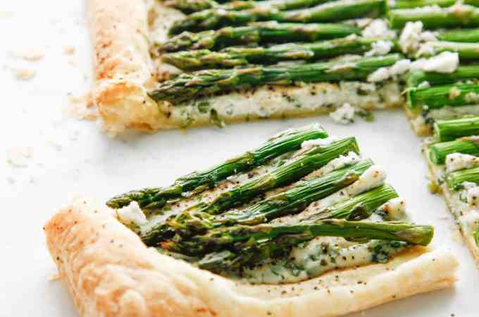 Creamy Herbed Ricotta and Asparagus Puff Pastry Tart