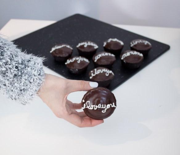 vegan-chocolate-cupcakes-9