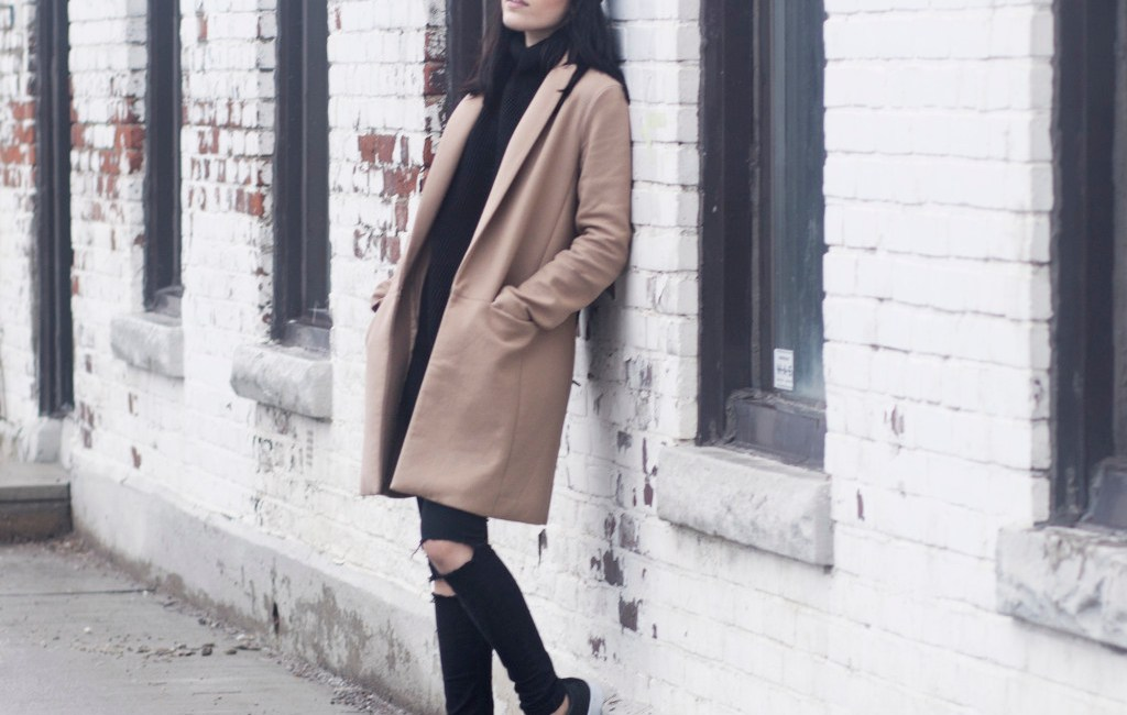 rp_camel-coat-streetstyle-leather-sneakers-1024x1017.jpg
