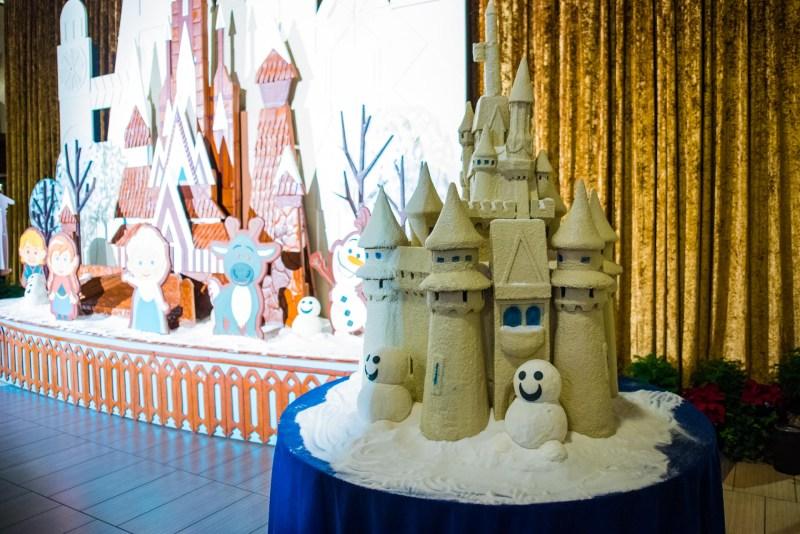 Scenes from Walt Disney World at Christmas photography disney-world disney