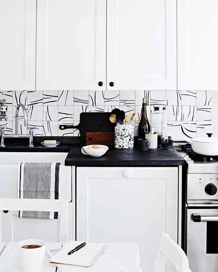 15 kitchen backsplash ideas that go right over old tile the budget decorator