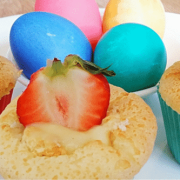Vanilla Stuffed Strawberry Cupcakes – Easter Special