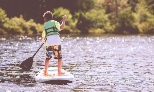 "7 Unique Midwest Vacation Spots Your Kids Won't Think Are ""Totally Lame"""