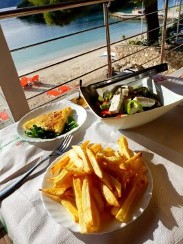 Lunch at Legisi Beach Restaurant