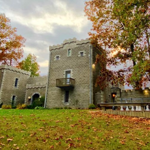 Midwest Castles You Can Stay In