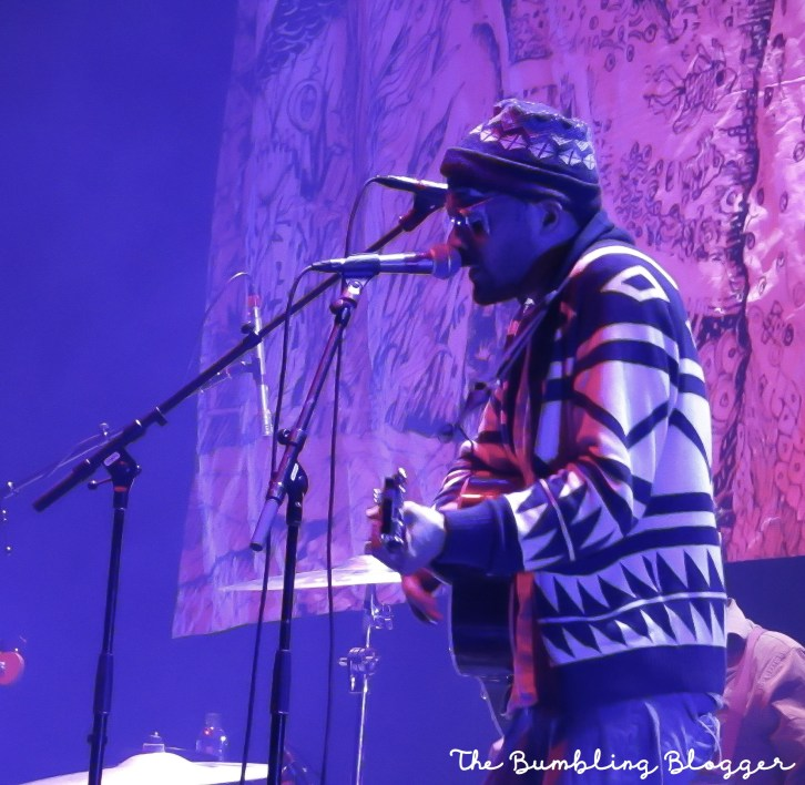 Aaron Weiss of mewithoutYou performing