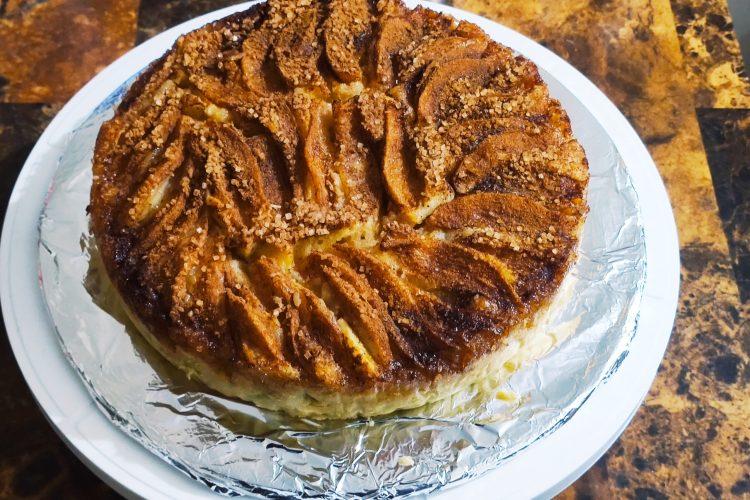 moist pear cake with cinnamon sugar