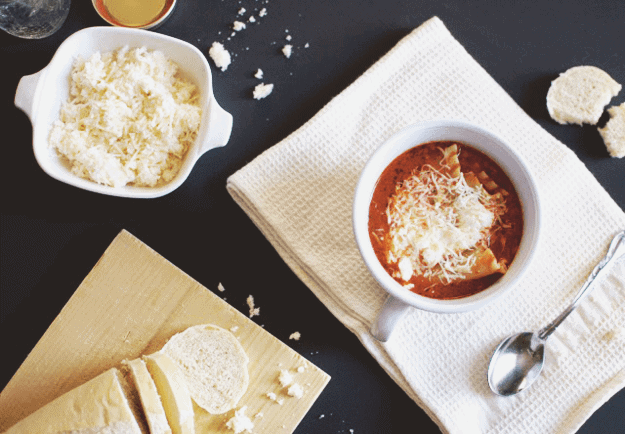 Tasty Lasagna Soup | homemade soup recipes, lasagna recipe ideas, easy soup recipes, how to make lasagna soup, fall soup recipes, cool weather recipes || The Butter Half via @thebutterhalf