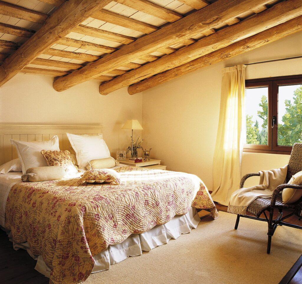 Top Romantic Bedroom Design Ideas For Couples - TheBuzzQueen