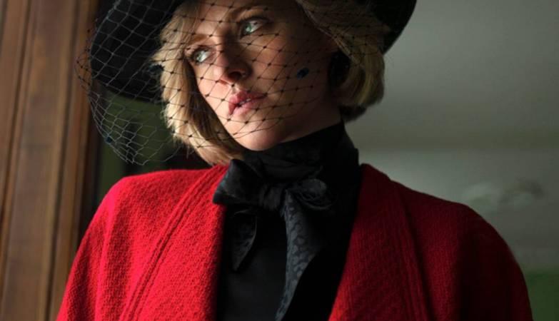 "Kristen Stewart Wonders ""Will They Kill Me"" In Chilling New Spencer Trailer"