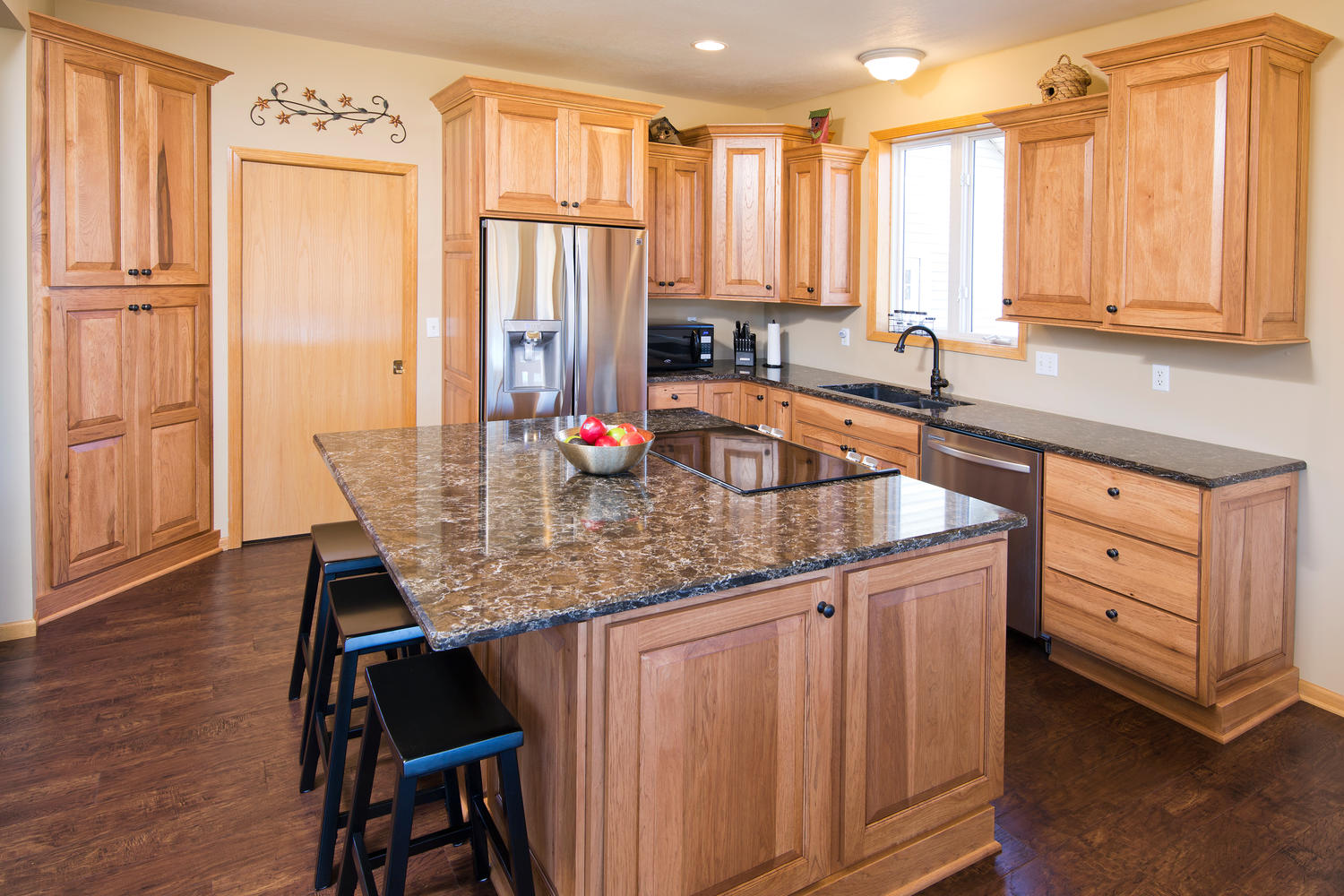 apple valley kitchen cabinets travertine floor other the cabinet store