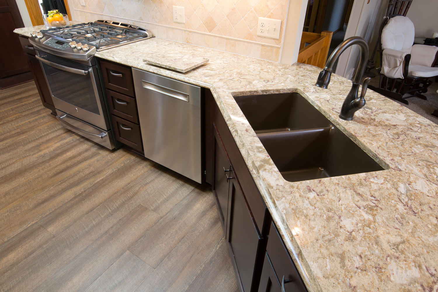 apple valley kitchen cabinets rustic island kitchens the cabinet store