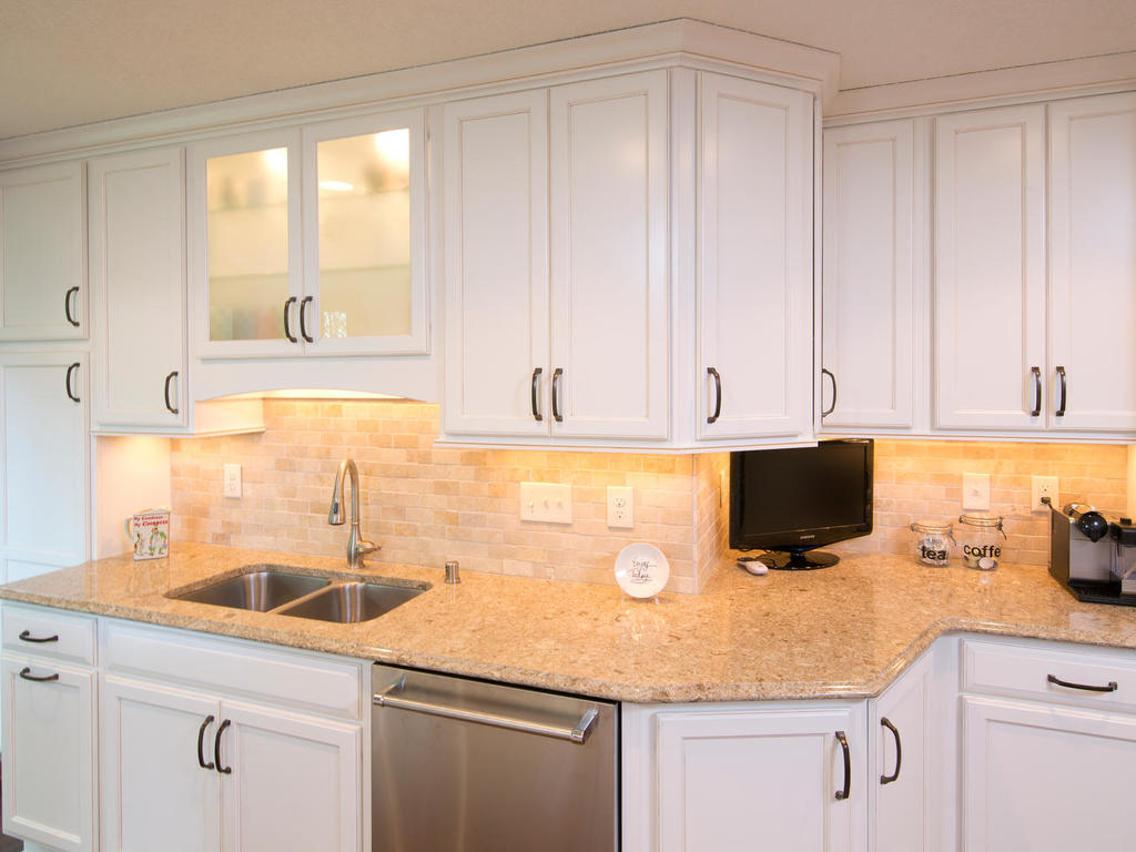 apple valley kitchen cabinets best touchless faucet kitchens the cabinet store