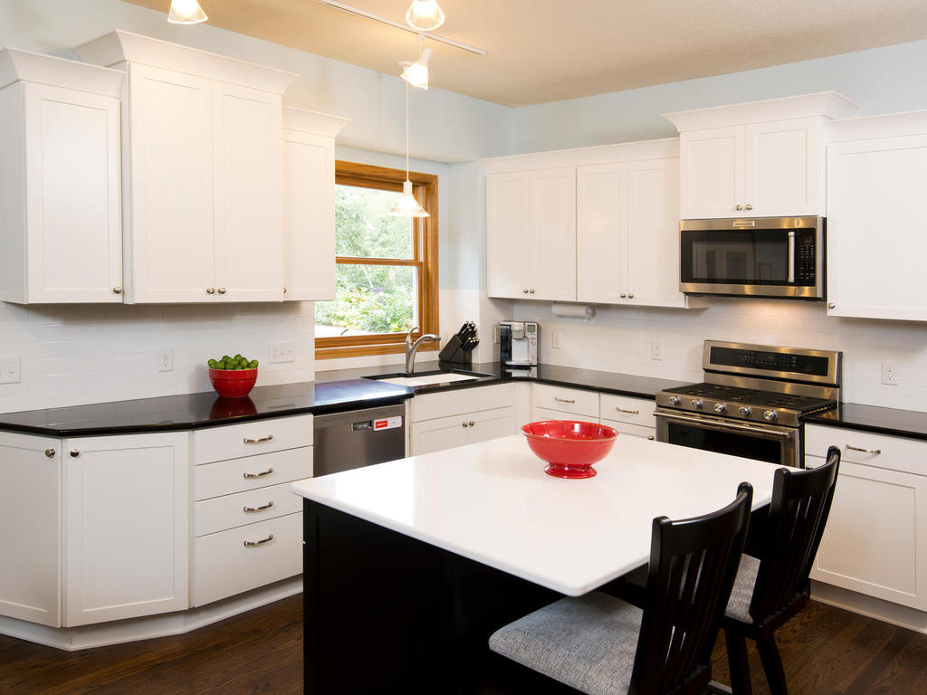 apple valley kitchen cabinets turquoise kitchens the cabinet store