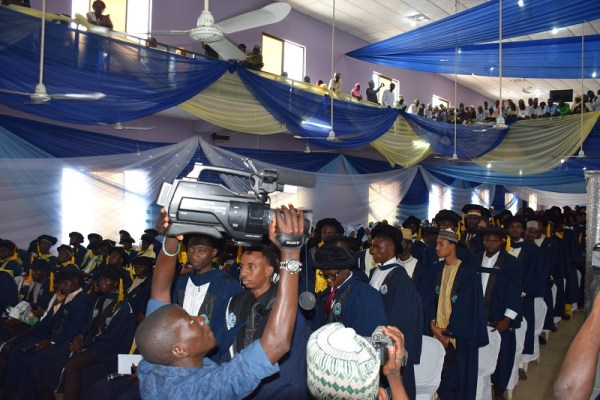 AlHikmah_Male graduants