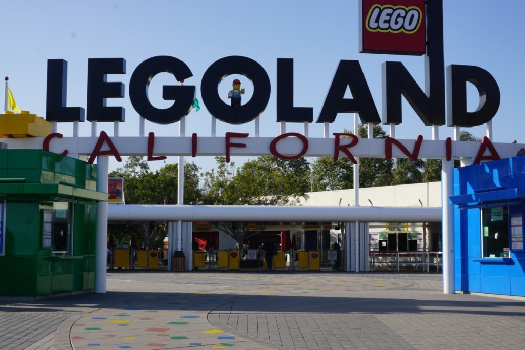 9 Reasons to Visit LEGOLAND California!
