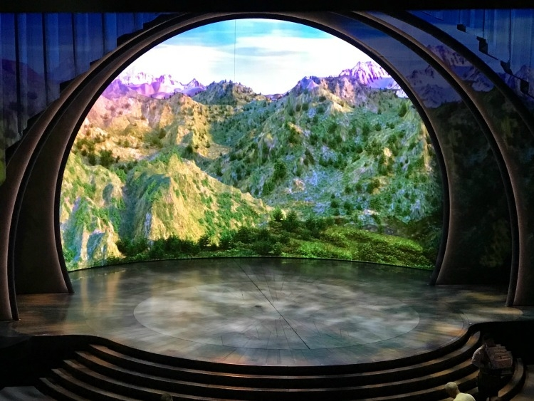 First time visitors to Disneyland won't want to miss Frozen - Live at the Hyperion.