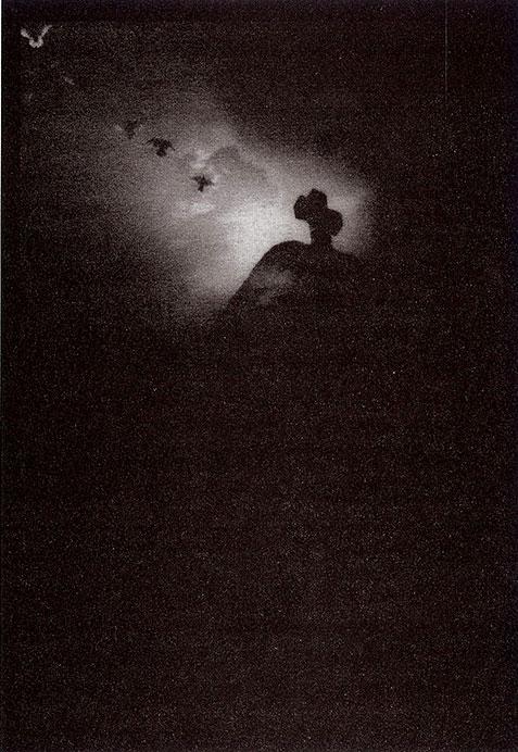 El Vuelo, Josephine Sacabo, Photograph
