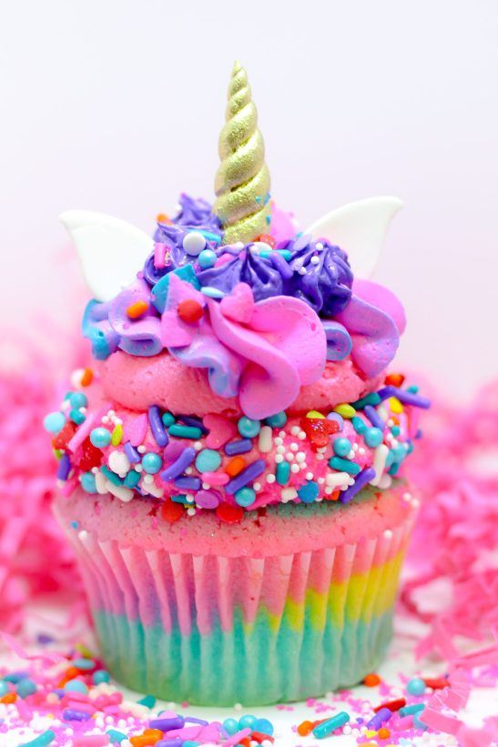 Unicorn party ideas, unicorn cupcakes