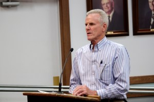 Construction professional Ian Gardiner speaks to the San Juan Capistrano City Council during a public interview for the Planning Commission. Photo by Brian Park
