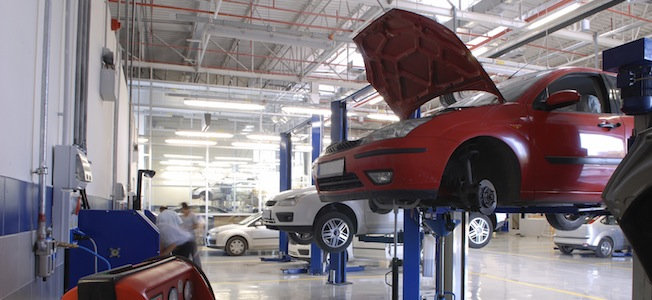 Choose the right garage to service and repair your car - The Car Expert